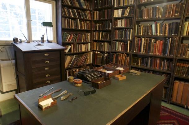 Das Zimmer von Samuel Agnon in seinem einstigen Wohnhaus im Osten Jerusalems. Heute ist es ein Museum, das an sein Lebenswerk erinnert.